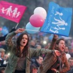 La Francia dice «no» alla «commercializzazione delle nascite»