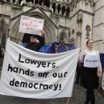 I giudici contro il popolo? Effetti e conseguenze del rinvio al Parlamento della decisione sulla Brexit