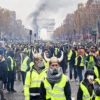 Macron e le rivolte in Francia dei 'gilet gialli': dilaga il vento dell'anti-politica