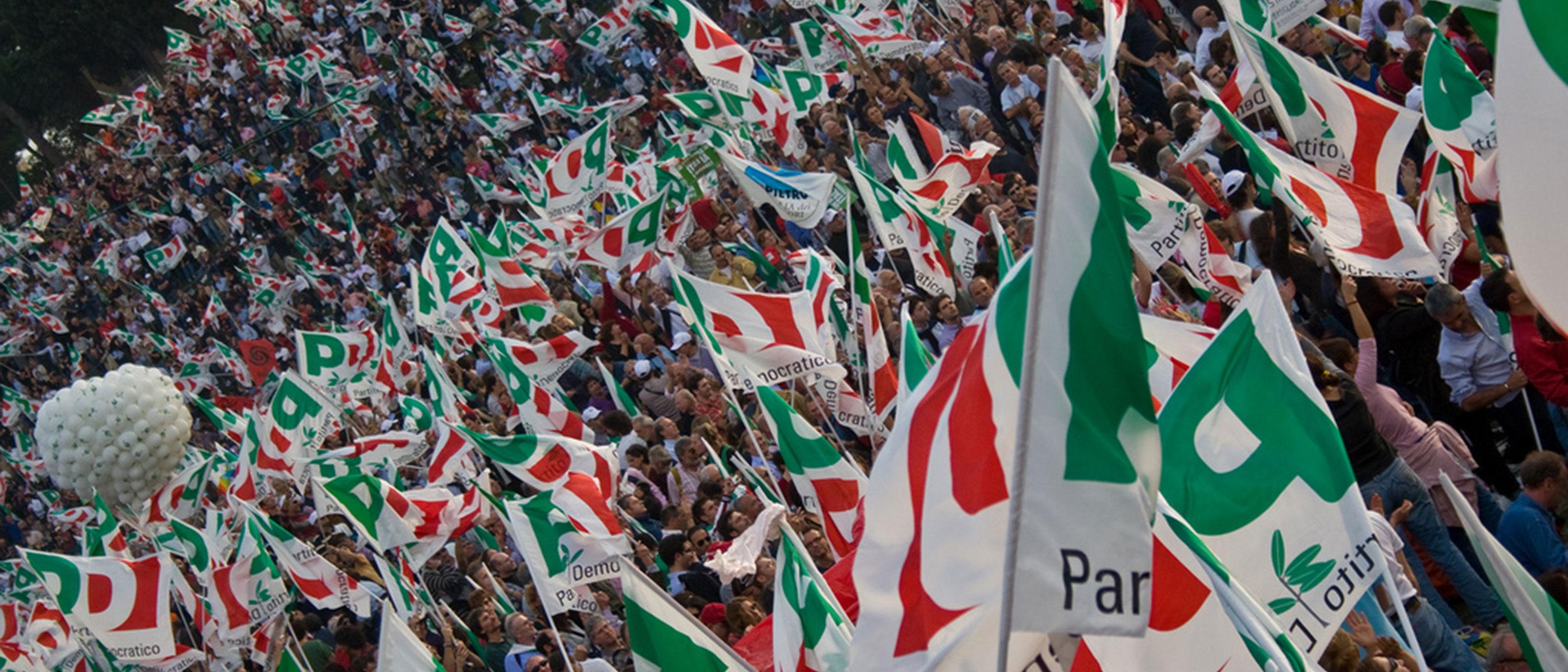 """di Alessandro Campi Da quando il Partito democratico ha deciso di fare un governo con il M5S, sono nati in Italia due nuovi partiti (entrambi alla sua destra: quello di Renzi e quello di Calenda) e un movimento di protesta che potrebbe diventare anche un partito (alla sua sinistra: le cosiddette """"sardine""""). Per il Pd quest'effervescenza ai suoi confini di sigle e proposte politiche, magari minoritarie e in prospettiva effimere ma al momento ben intenzionate ad affermare la propria autonomia e originalità,"""